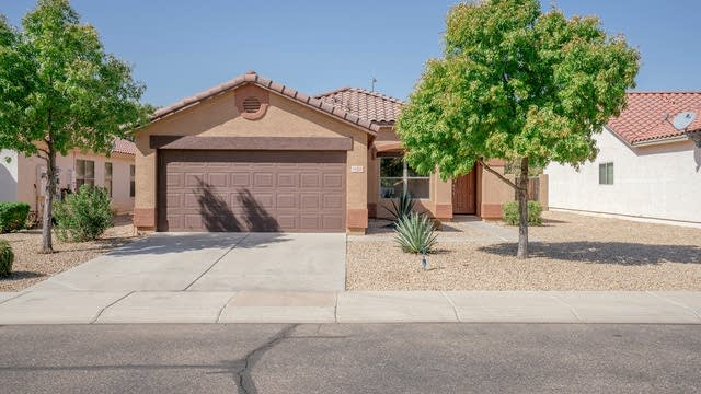 Photo 1 of 20 - 14326 N 158th Ln, Surprise, AZ 85379