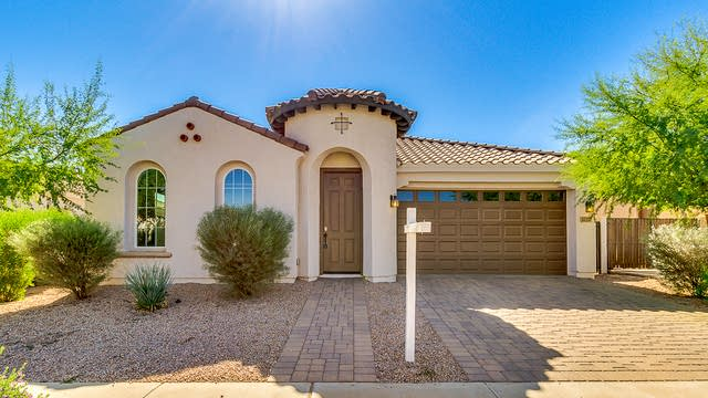 Photo 1 of 25 - 22357 E Cherrywood Dr, Queen Creek, AZ 85142