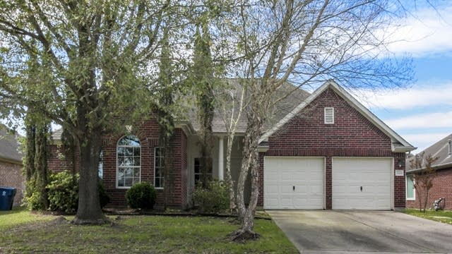 Photo 1 of 25 - 1819 Laura Anne Dr, Houston, TX 77049