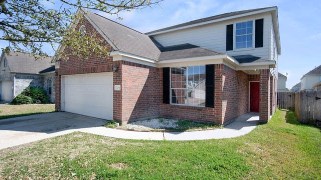 Photo 1 of 16 - 22514 High Point Pines Dr, Spring, TX 77373