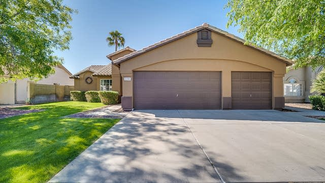 Photo 1 of 21 - 2205 E Sherri Dr, Gilbert, AZ 85296