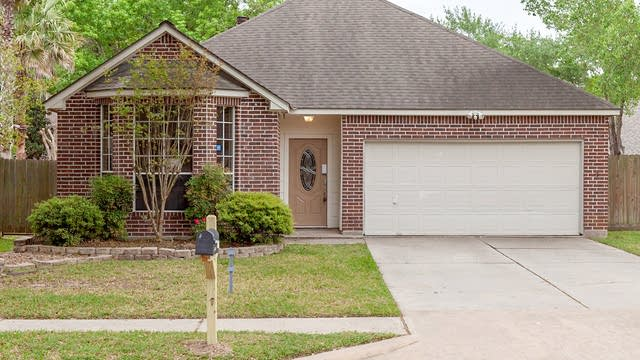 Photo 1 of 15 - 11011 Winspring Dr, Tomball, TX 77377