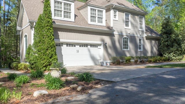 Photo 1 of 32 - 350 Rock Spring Rd, Wake Forest, NC 27587