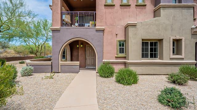 Photo 1 of 18 - 3935 E Rough Rider Rd #1038, Phoenix, AZ 85050