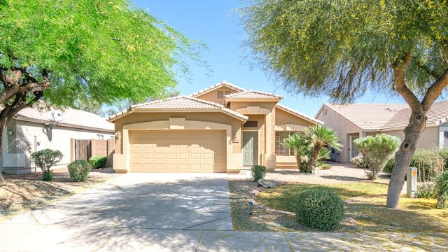 Photo 1 of 22 - 11466 W Roanoke Dr, Avondale, AZ 85392