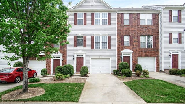 Photo 1 of 17 - 10234 Garrett Grigg Rd, Charlotte, NC 28262