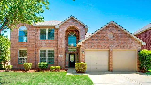 Photo 1 of 27 - 8401 Rain Forest Ln, Fort Worth, TX 76123