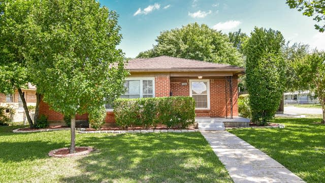 Photo 1 of 36 - 1801 Westway Ave, Garland, TX 75042