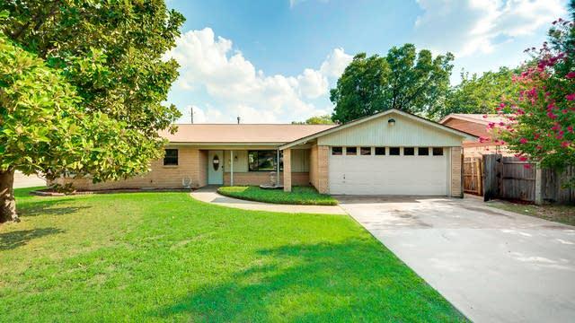 Photo 1 of 24 - 6640 Briley Dr, North Richland Hills, TX 76180