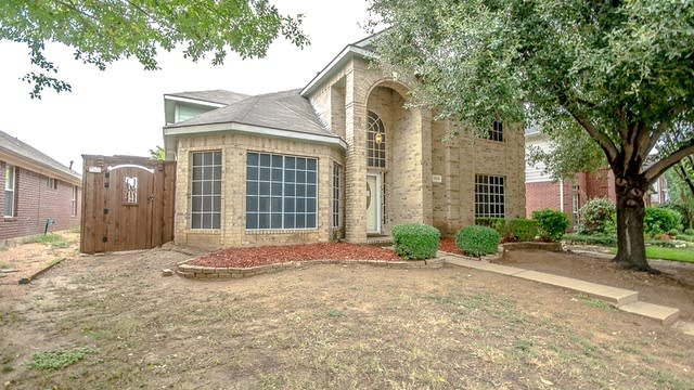 Photo 1 of 30 - 1209 Michael Ave, Lewisville, TX 75077