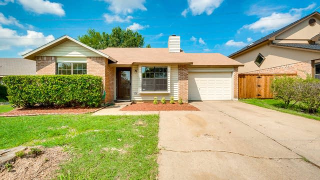 Photo 1 of 25 - 5524 Creek Valley Dr, Arlington, TX 76018