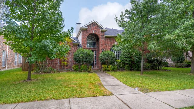 Photo 1 of 35 - 6304 Willowdale Dr, Plano, TX 75093