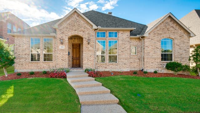 Photo 1 of 26 - 2004 Brandiles Dr, The Colony, TX 75056
