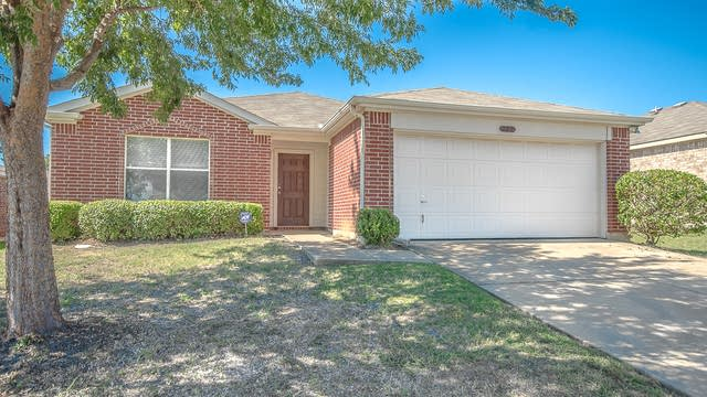 Photo 1 of 24 - 222 Pinecrest, Seagoville, TX 75159