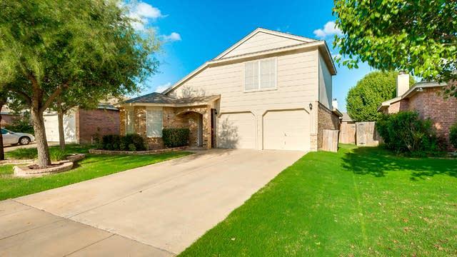 Photo 1 of 24 - 8716 Eaglestone Way, Fort Worth, TX 76244