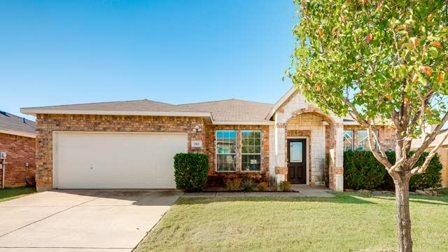 Photo 1 of 26 - 3412 Replay Ln, Little Elm, TX 75068