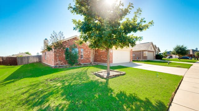 Photo 1 of 26 - 14124 Filly St, Haslet, TX 76052