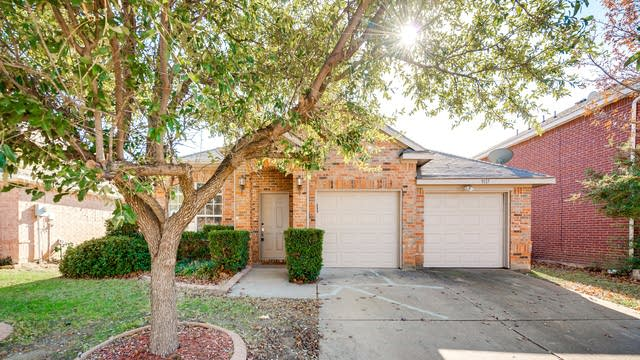 Photo 1 of 22 - 9117 Newport Ln, McKinney, TX 75071