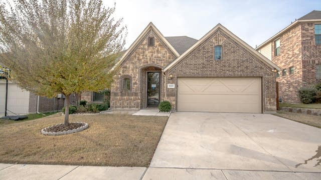 Photo 1 of 31 - 9025 Weller Ln, Fort Worth, TX 76244