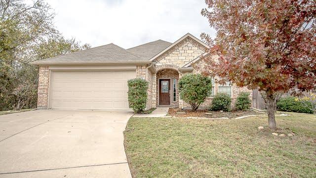 Photo 1 of 27 - 6076 Cedar Glen Dr, Grand Prairie, TX 75052