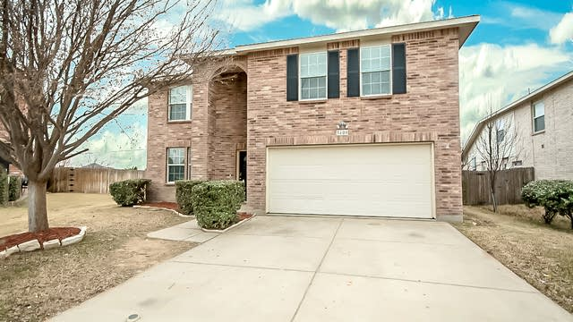 Photo 1 of 34 - 5409 Lava Rock Dr, Fort Worth, TX 76179