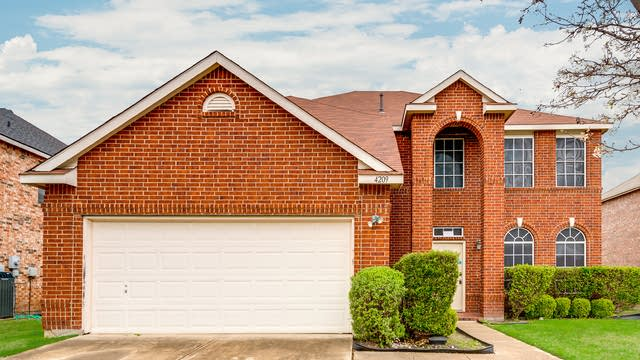 Photo 1 of 26 - 4209 Maidstone Dr, Garland, TX 75043