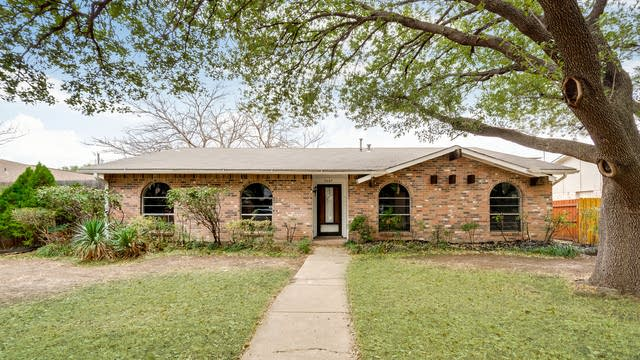 Photo 1 of 28 - 5007 Latham Dr, Plano, TX 75023