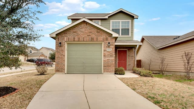 Photo 1 of 20 - 10731 Deauville Dr, Fort Worth, TX 76108