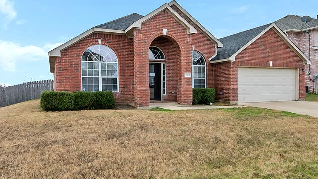 Photo 1 of 24 - 2116 Sandstone Ct, Mansfield, TX 76063