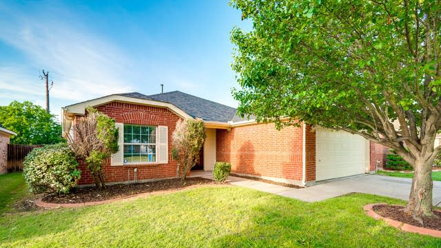 Photo 1 of 27 - 1107 Singletree Dr, Forney, TX 75126