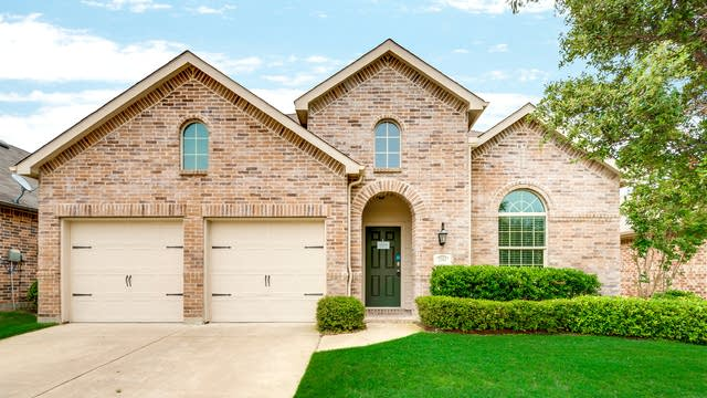 Photo 1 of 29 - 2104 Jack County Dr, Forney, TX 75126