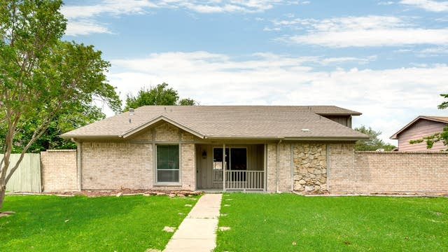 Photo 1 of 30 - 505 Perdido Dr, Garland, TX 75043