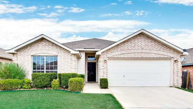 Photo 1 of 25 - 5616 Seafield Ln, Fort Worth, TX 76135
