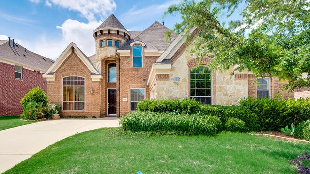 Photo 1 of 43 - 2740 Cape Pearl Dr, Grand Prairie, TX 75054