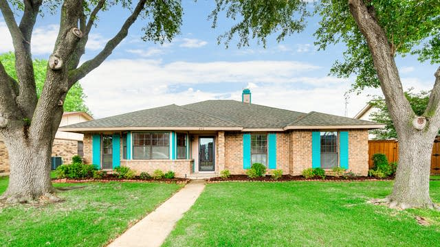 Photo 1 of 30 - 253 Bellwood Dr, Garland, TX 75040