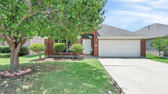 Photo 1 of 26 - 3732 Aldersyde Dr, Fort Worth, TX 76244