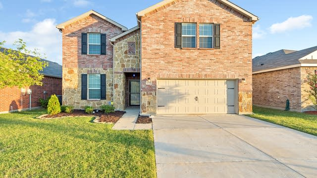Photo 1 of 22 - 2316 Ankina Ln, Fort Worth, TX 76131