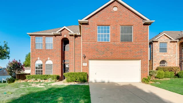 Photo 1 of 32 - 2301 Sheldon Dr, McKinney, TX 75070