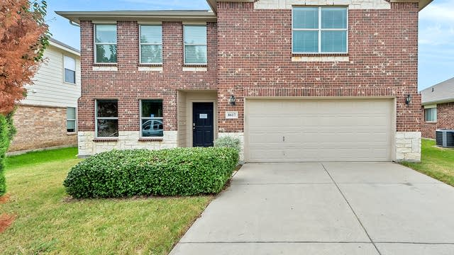 Photo 1 of 22 - 8617 Hawkview Dr, Fort Worth, TX 76179