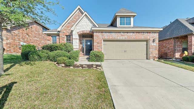 Photo 1 of 31 - 12712 Lizzie Pl, Fort Worth, TX 76244