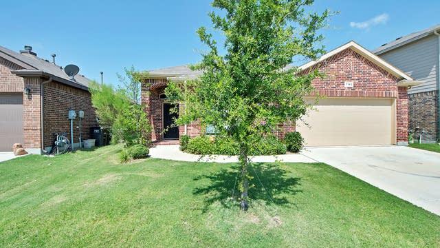Photo 1 of 23 - 7145 Cloudcroft Ln, Fort Worth, TX 76131