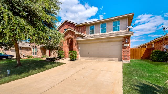 Photo 1 of 39 - 1010 Rumley Rd, Forney, TX 75126