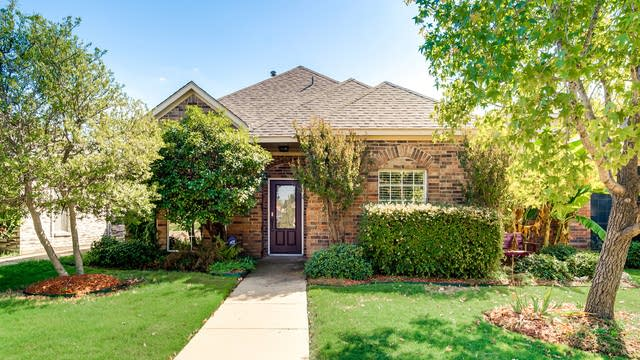 Photo 1 of 28 - 443 Fleming St, Wylie, TX 75098