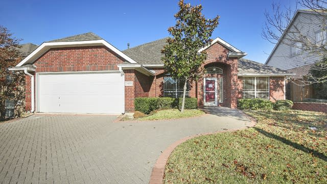 Photo 1 of 24 - 8423 High Brush Dr, Dallas, TX 75249