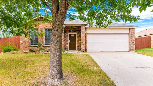 Photo 1 of 31 - 7900 Seven Oaks Ln, Denton, TX 76210