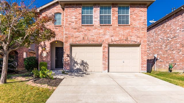 Photo 1 of 32 - 10220 Coolidge Dr, McKinney, TX 75070
