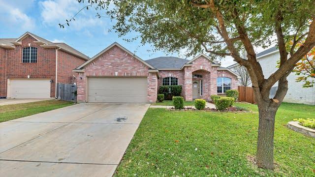 Photo 1 of 30 - 2308 Hillgrove Ct, Mansfield, TX 76063