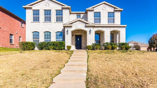 Photo 1 of 34 - 3020 Walnut Ridge Ln, Mesquite, TX 75181