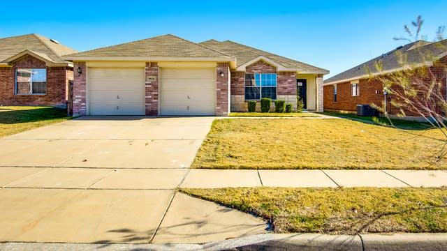Photo 1 of 22 - 9616 Bragg Rd, Fort Worth, TX 76177