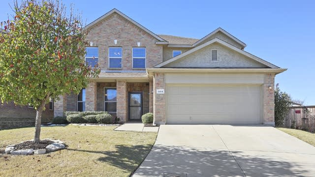 Photo 1 of 35 - 1404 Wind Star Way, Fort Worth, TX 76108